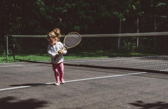cours-baby-tennis-enfants-3-ans-paris-75004