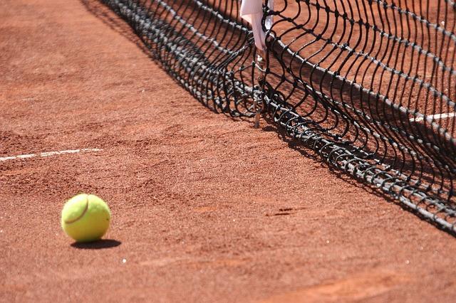 stage-tennis-enfants-paris-75004-neuve-saint-pierre
